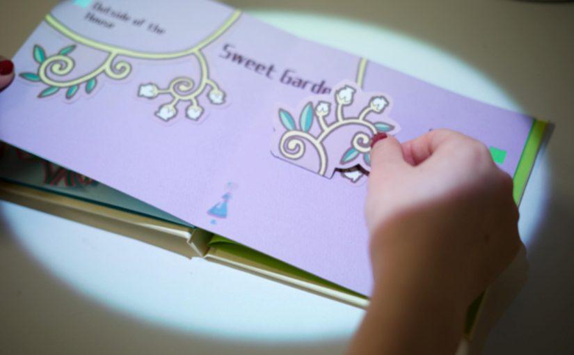 実物体の本の特性を活かしたインタラクティブな絵本による読書体験の提案